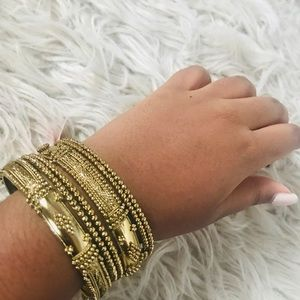Gold Diamond Patterned Bangle Set